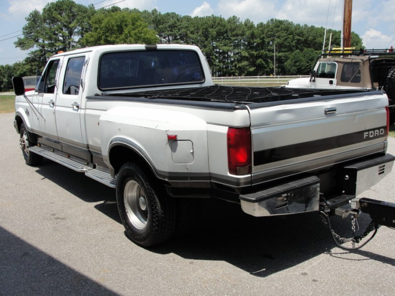 f350 dually towing autos post. Black Bedroom Furniture Sets. Home Design Ideas